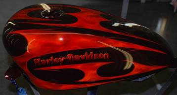 Tribal Custom Graphic on Harley-Davidon Tankl