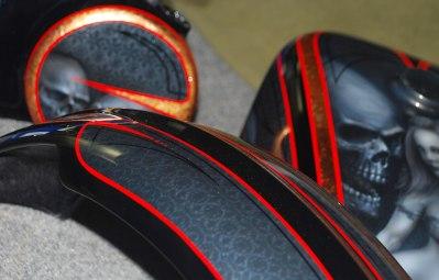 Zoom on Pinstripe Detail